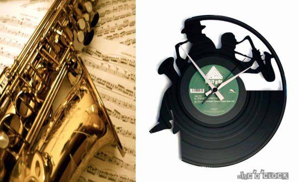 orologio da parete con disco in vinile con sassofonisti