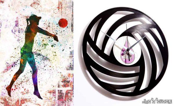 orologio da parete con disco in vinile astratto con palla da volley
